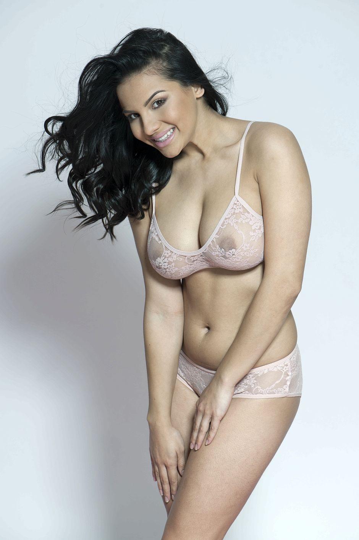 Lacey Banghard Topless (3 New Photos)