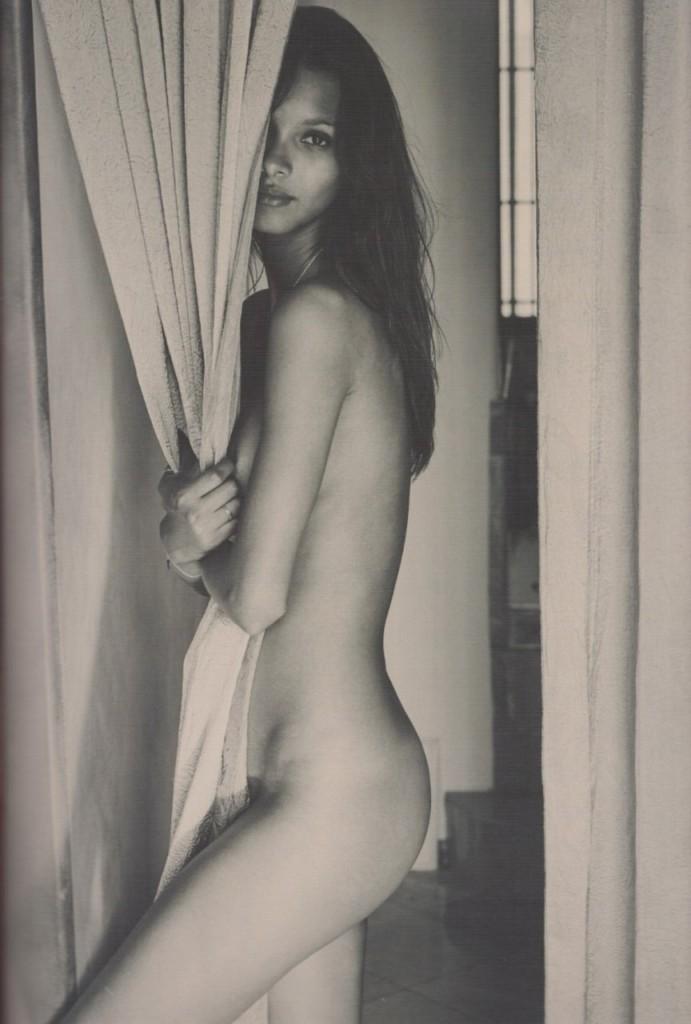 Lais Ribeiro Naked (18 Photos)