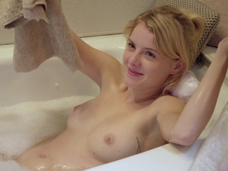 laura wiggins naked