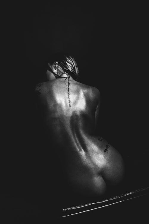 Hots Nude Photography Shoots Gif