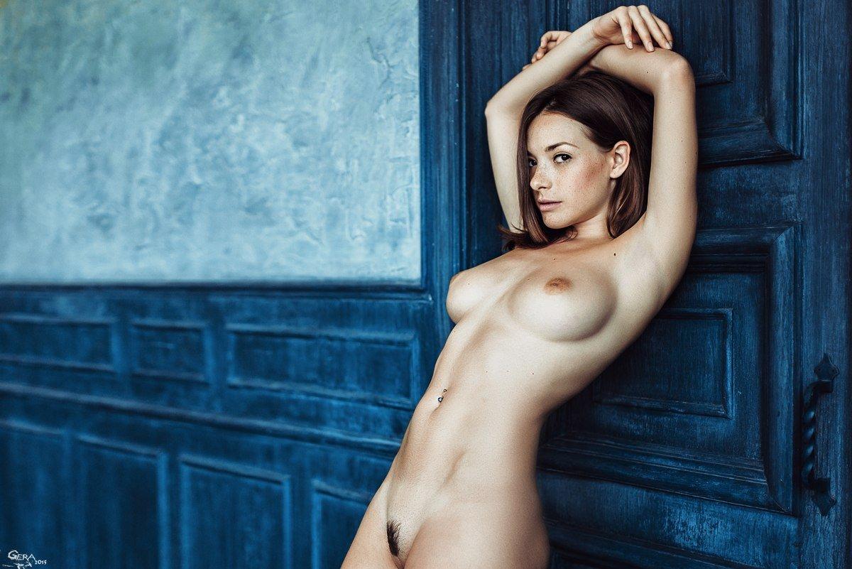 http://thefappeningblog.com/wp-content/uploads/2015/04/Olga-Kobzar-Naked-04.jpg