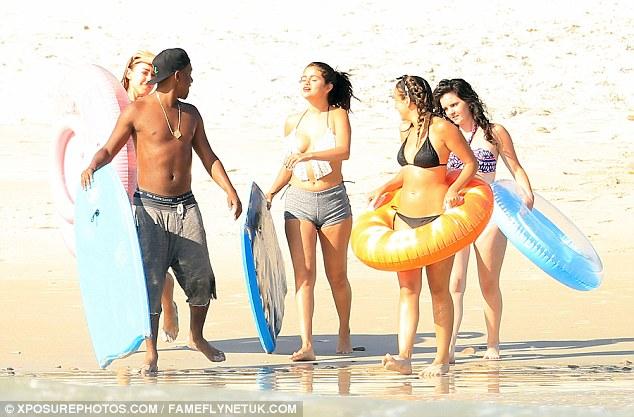 Selena-Gomez-Bikini-12