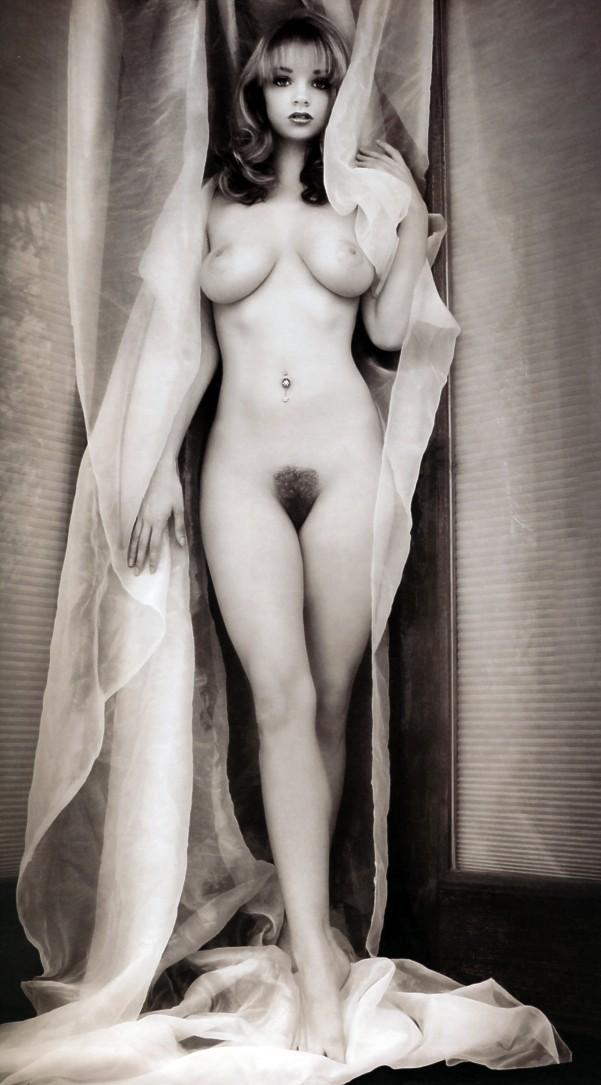 Babe Alicia Nude 22