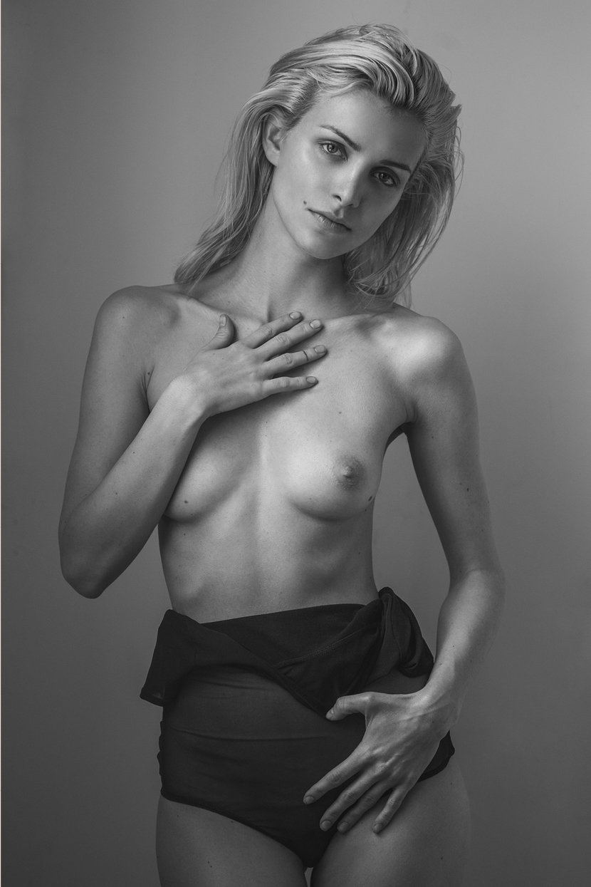 eva may naked