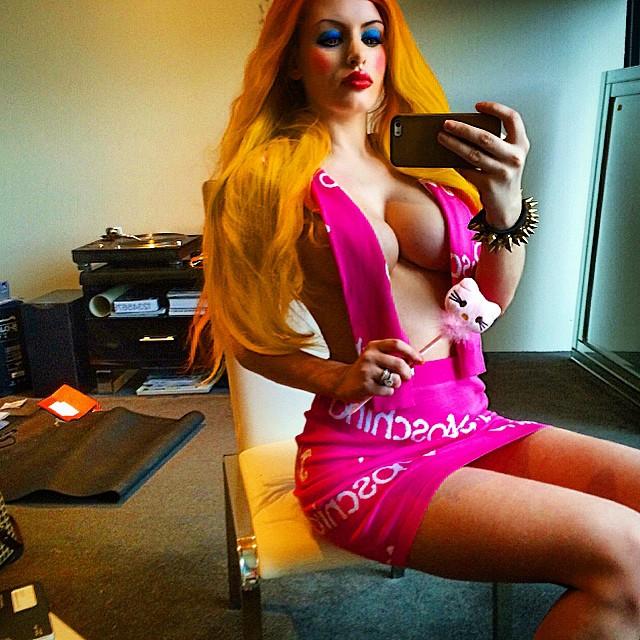 Gabi Grecko Topless (9 Photos)