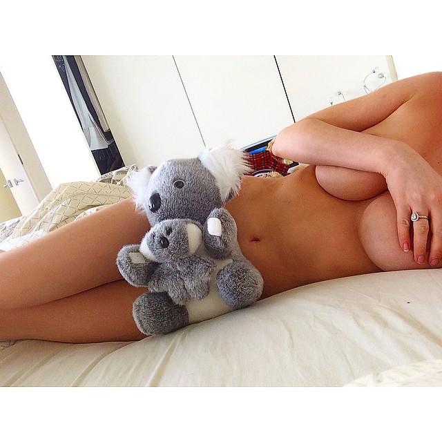 Gabi-Grecko-Topless-9