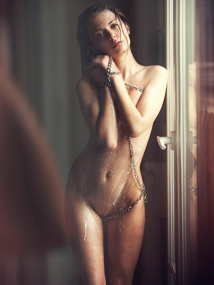Klaudia Brahja Naked (6 Photos)