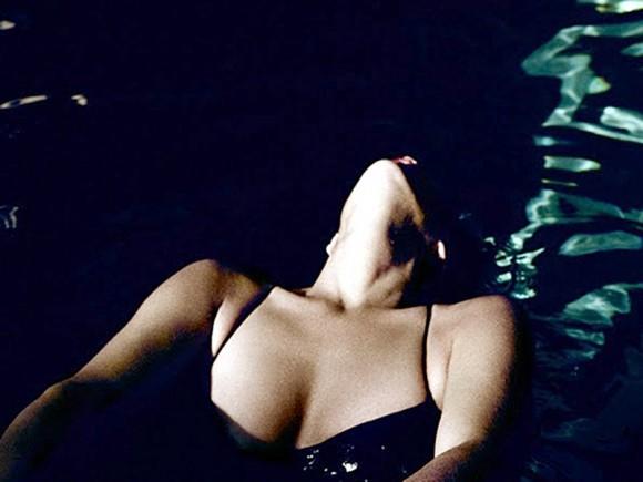 Bikini Rena Owen Fully Nude Jpg