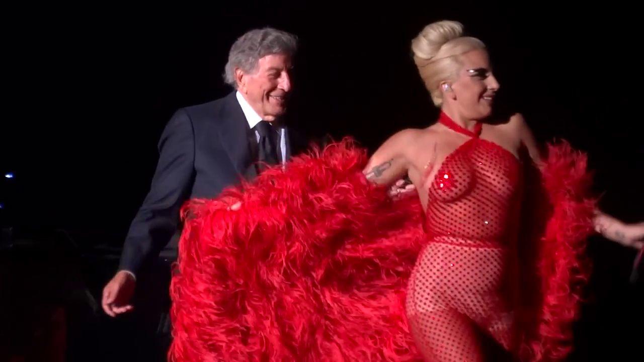 Lady-Gaga-See-Through-3