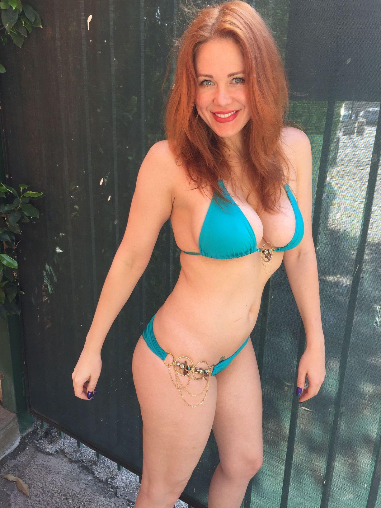Maitland-Ward-in-Bikini-2
