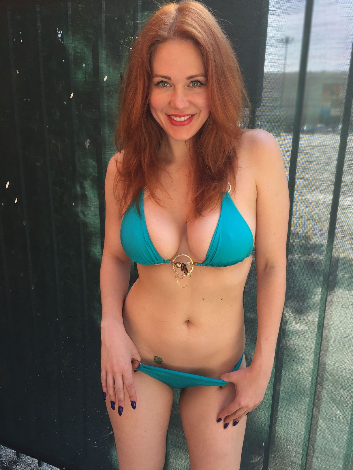 Maitland-Ward-in-Bikini-6