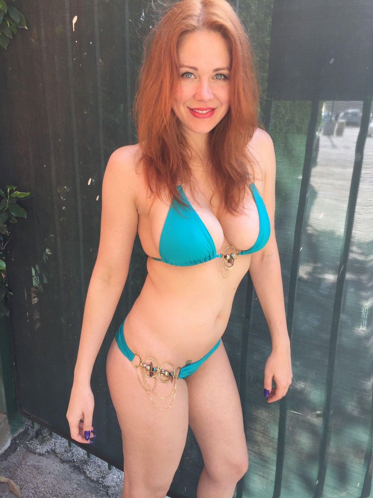 Maitland-Ward-in-Bikini-8