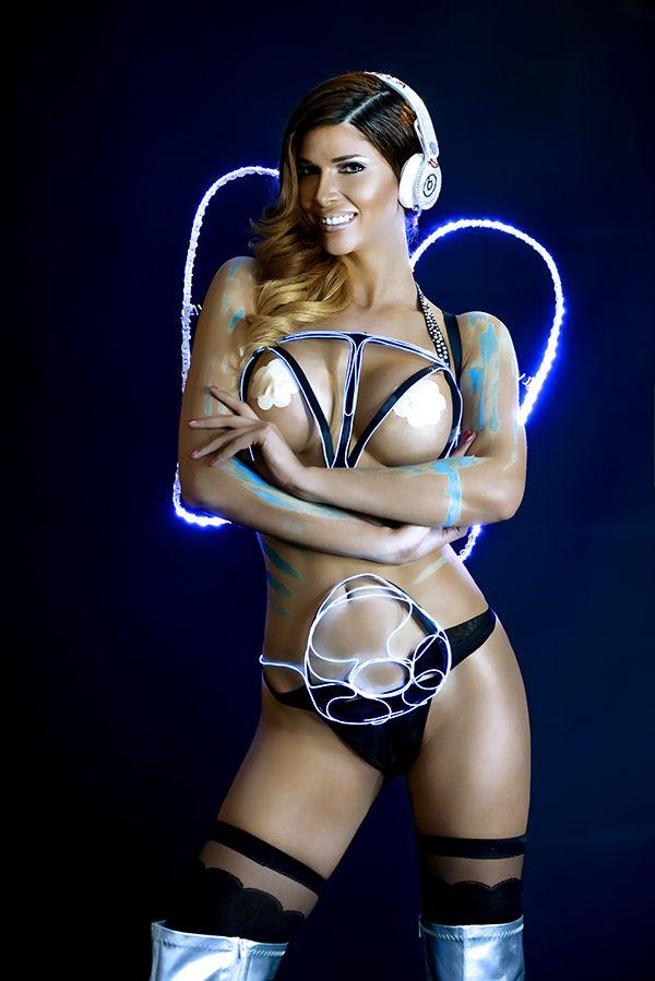 Micaela Schäfer Sexy (9 Photos)