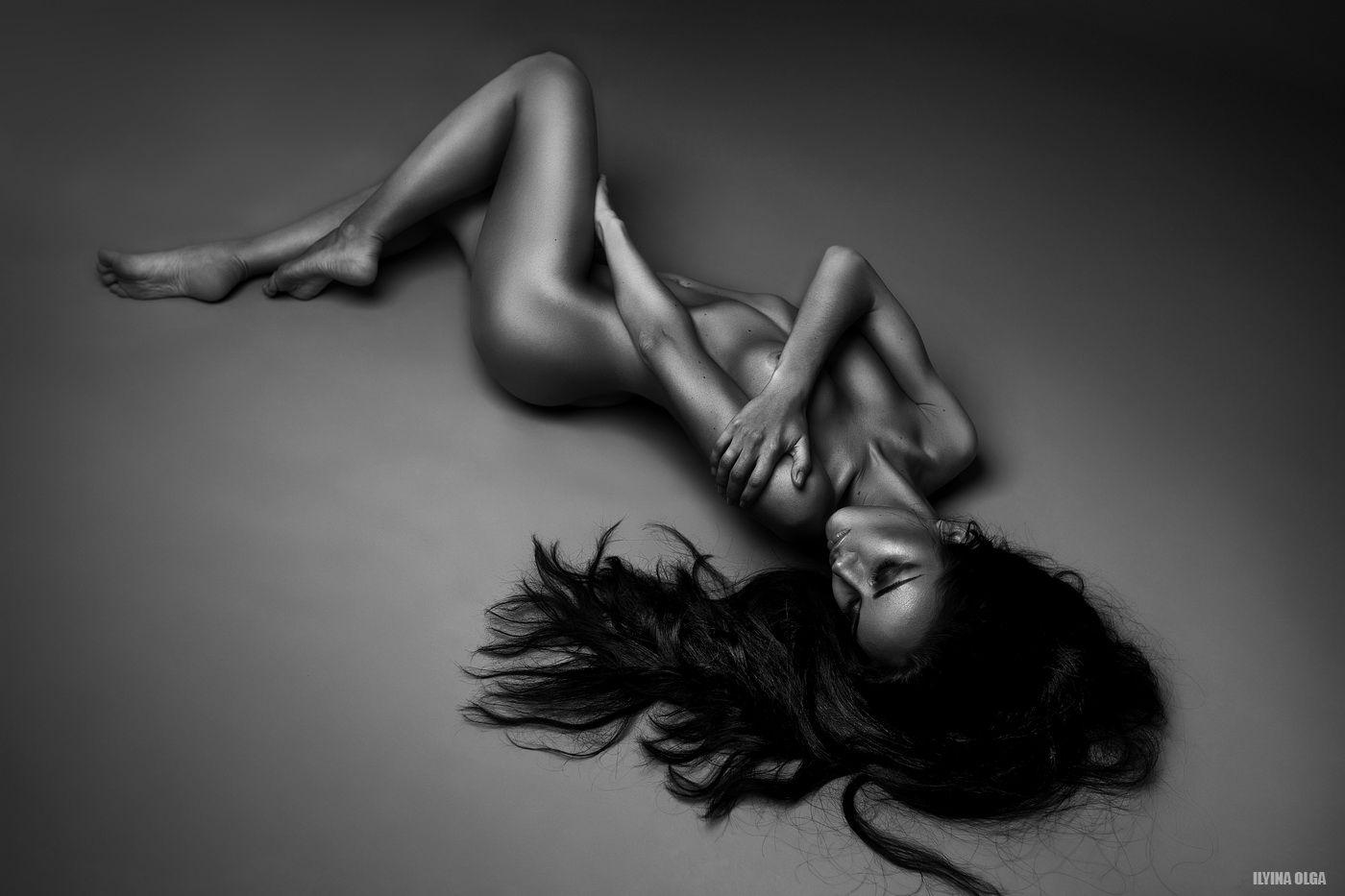 Nina-Serebrova-Naked-3