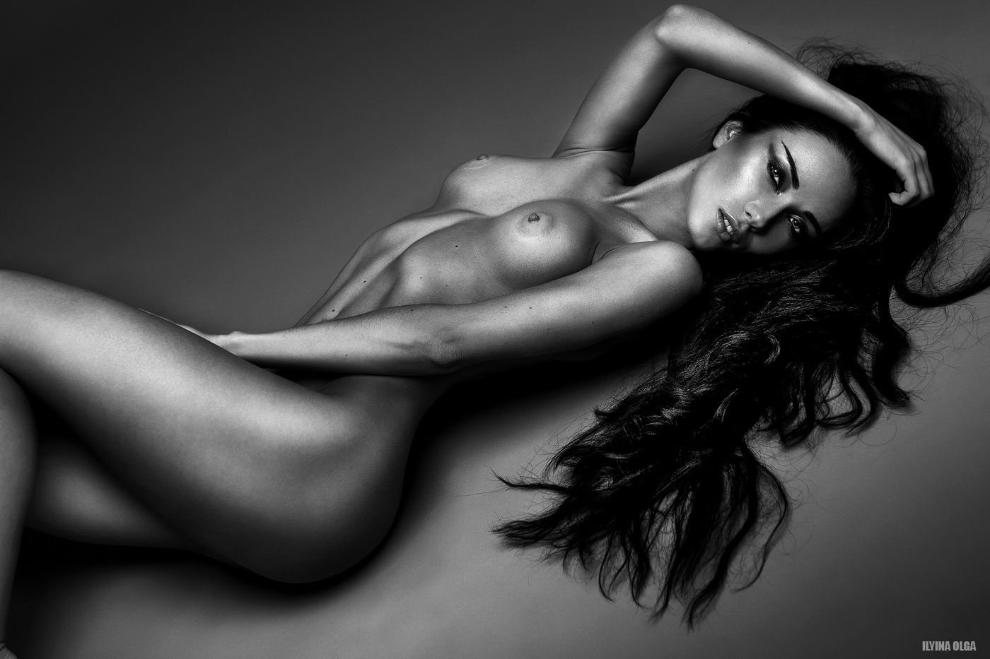 Nina-Serebrova-Naked-5
