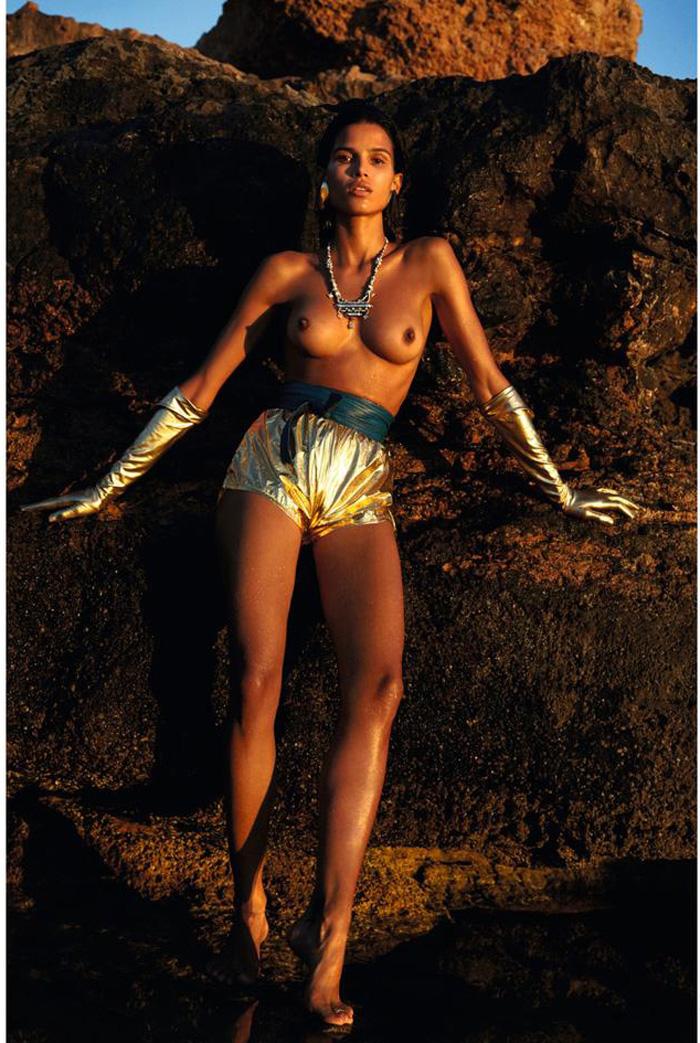 topless photos for brazilian modes