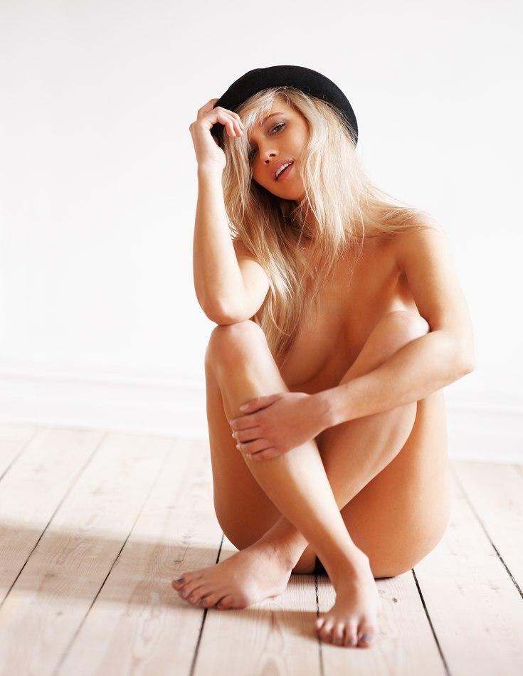 Shane Van Der Westhuizen Topless (13 Photos)