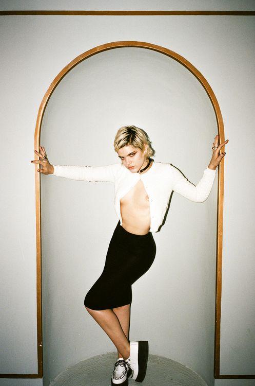 Stephanie Sokolinski Topless (5 Photos)