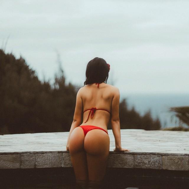 Abigail-Ratchford-Ass