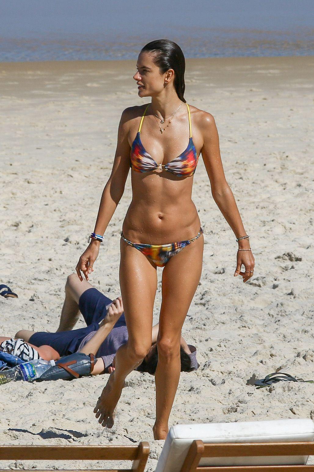 Alessandra Ambrosio Bikini Nude Photos 89