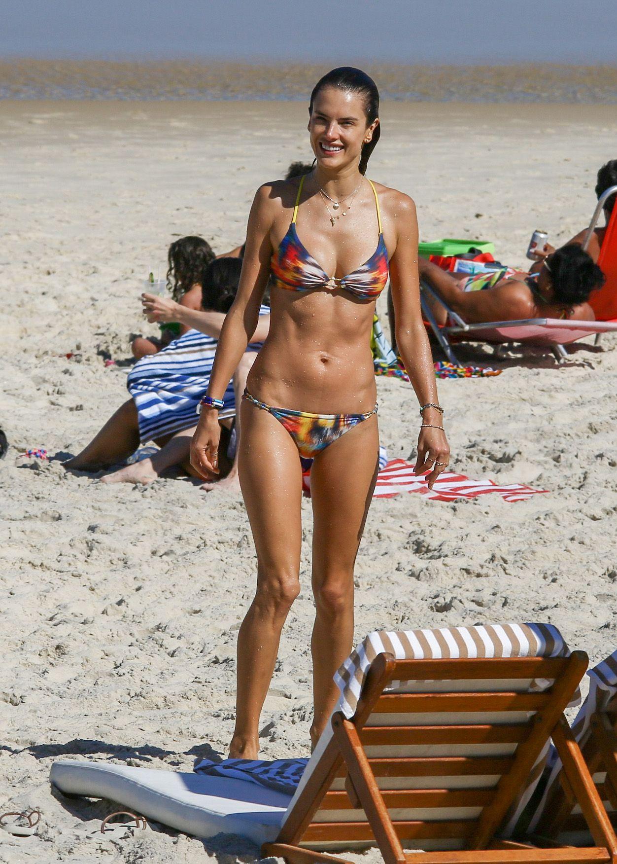Alessandra Ambrosio in Bikini (75 Photos)