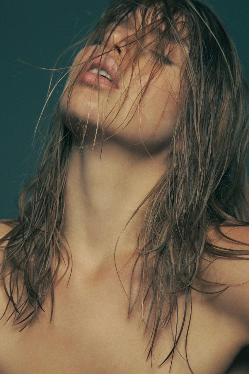 Avril-Alexander-Naked-1