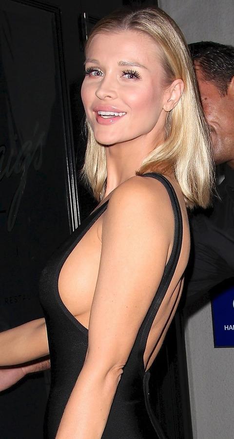 Joanna Krupa Sideboob (3 Photos)