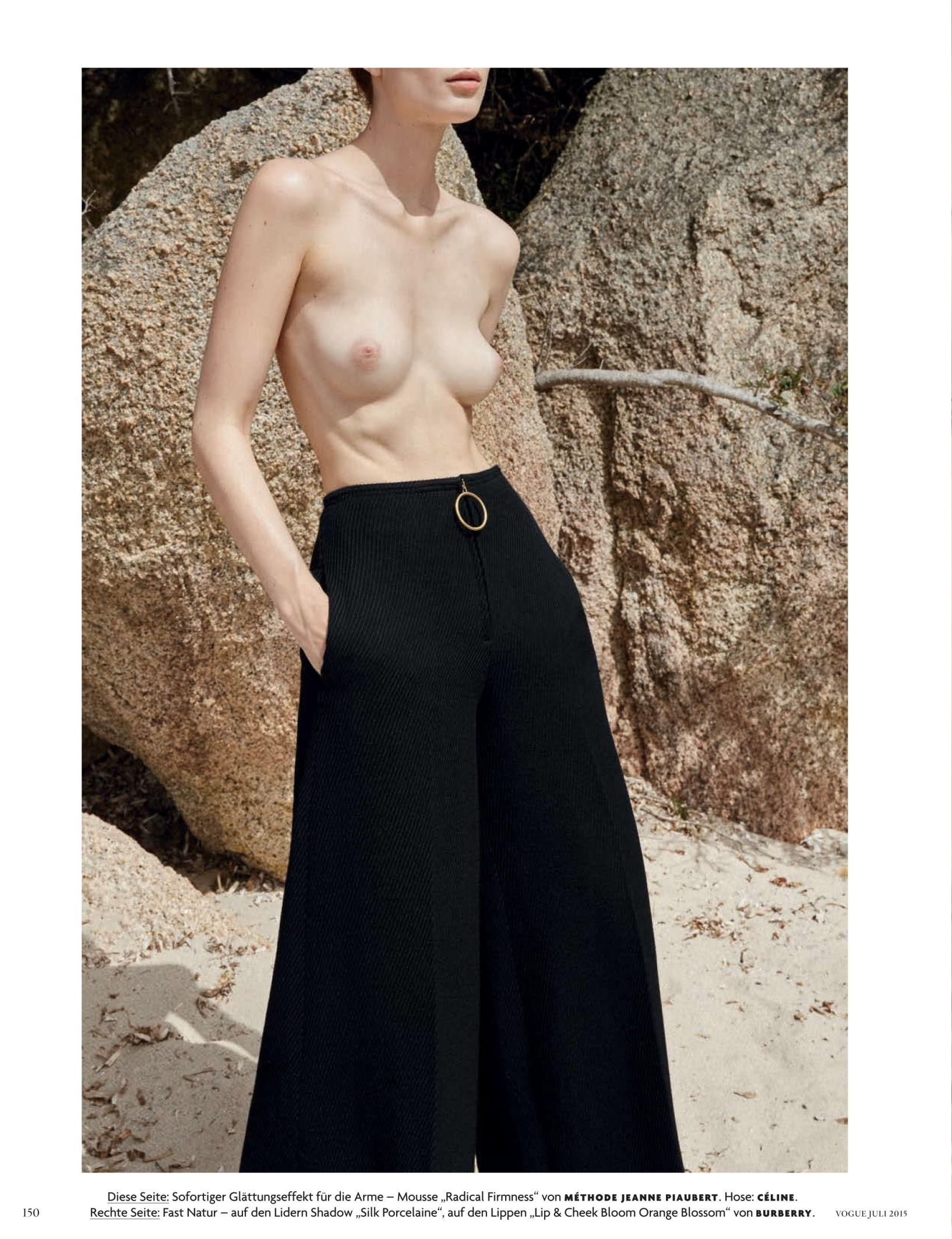 Larissa Hofmann Nude (6 Photos)