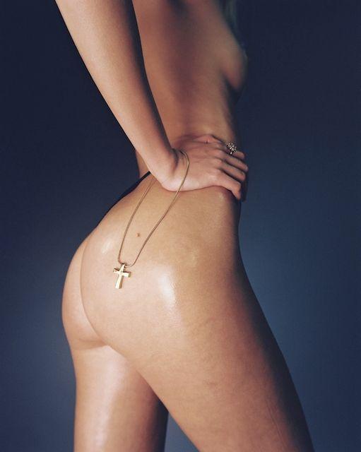 Louise Mikkelsen Topless (4 Photos)