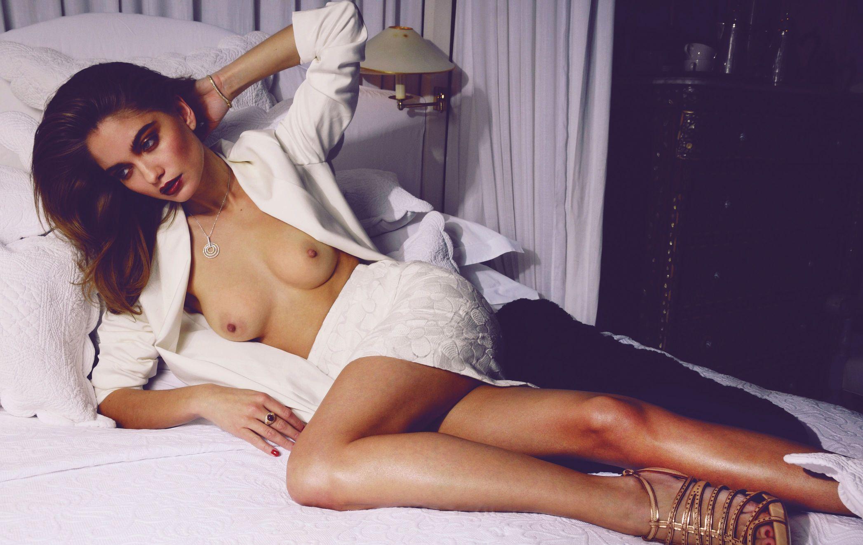 Natalie Morris Topless (9 Photos)