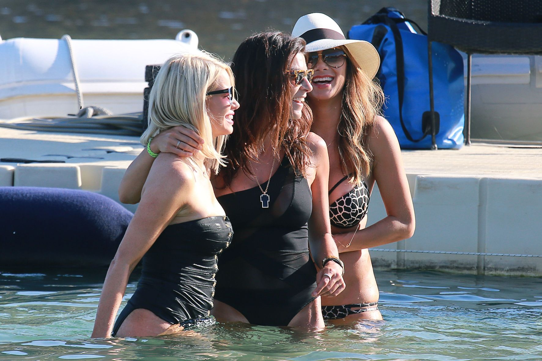 Nicole-Scherzinger-in-Bikini-12