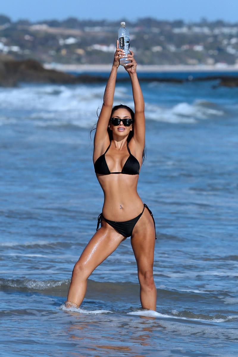 Val Fit in Bikini (30 Photos)