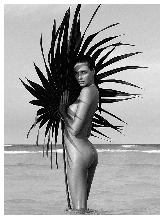 Alina Baikova Nude (4 Photos)