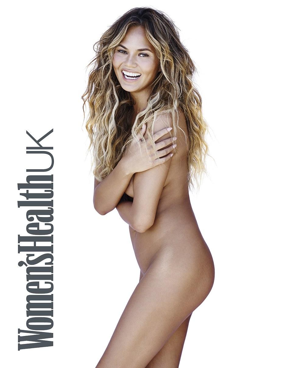 Chrissy Teigen Nude (3 Photos)