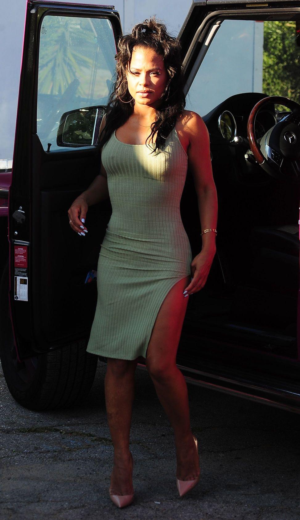 Christina Milian Pokies (5 Photos)