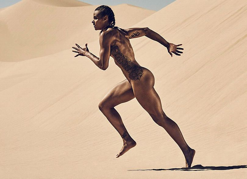 Pretty nude athletes