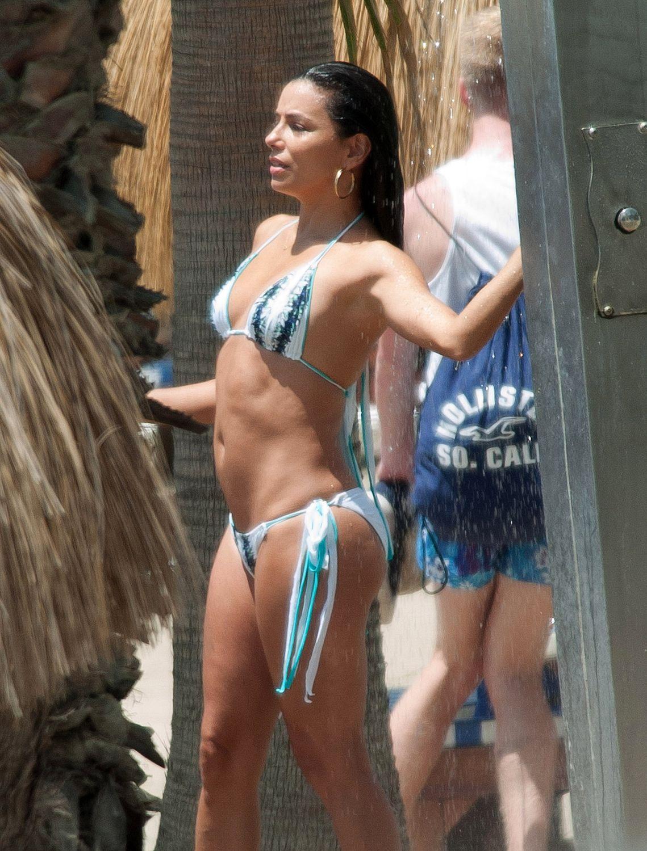 Eva Longoria in a Bikini (29 Photos)