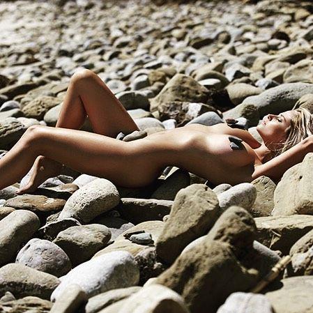 Genevieve Morton Nude (6 Photos)