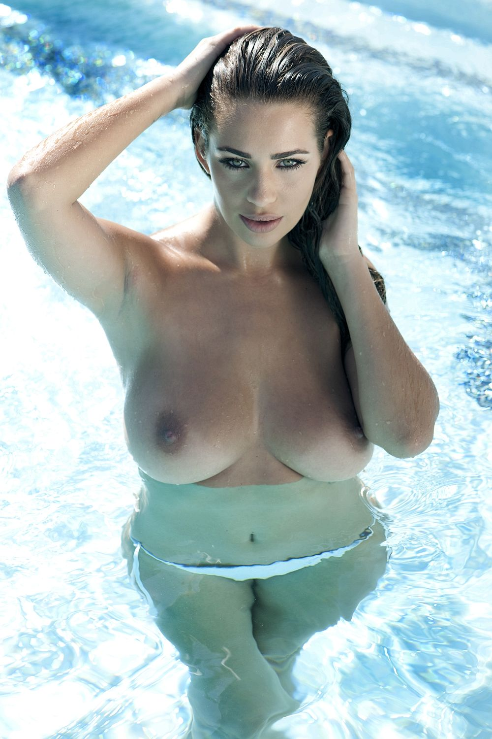 wet Holly peers