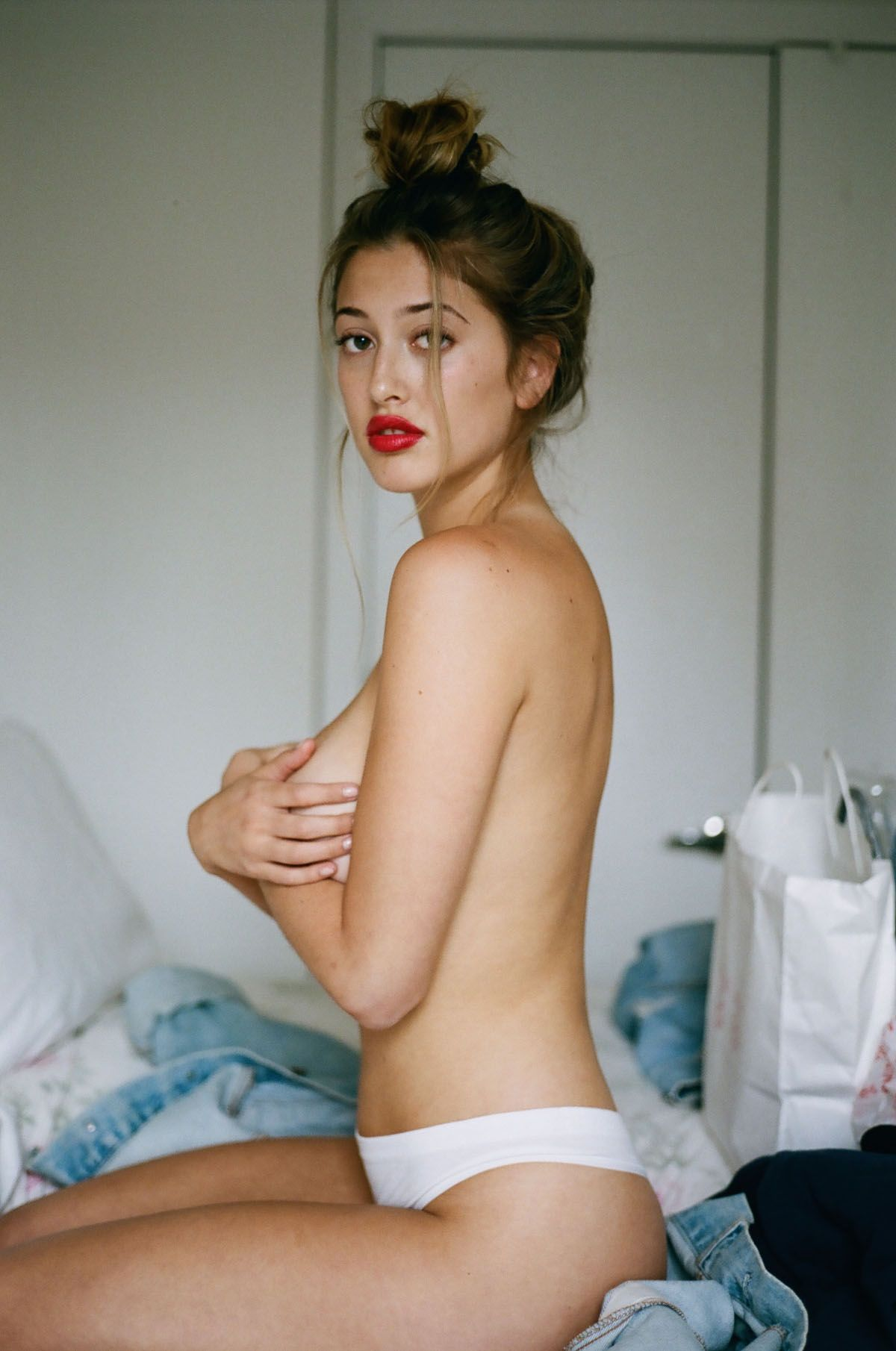 lindsey kevitch nude