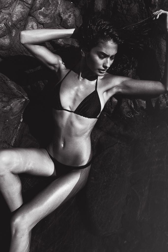 Taylor Hannum Sexy (26 Photos)