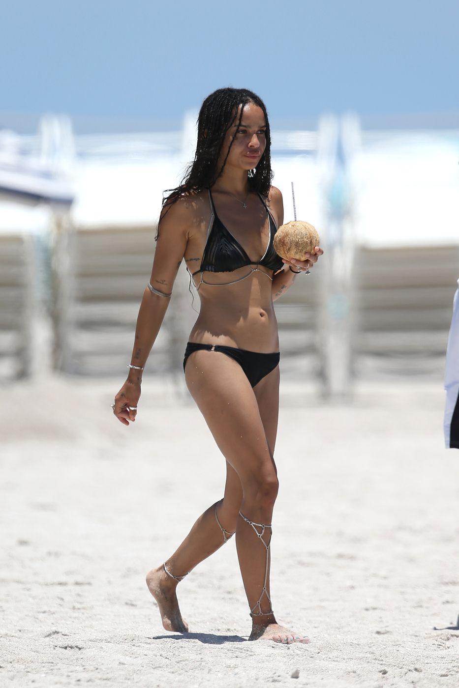 Zoe-Kravitz-in-a-Bikini-2