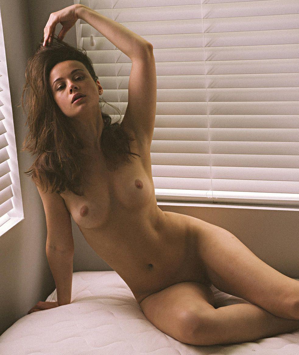 Shenna hersch naked pics, lauren babe nude