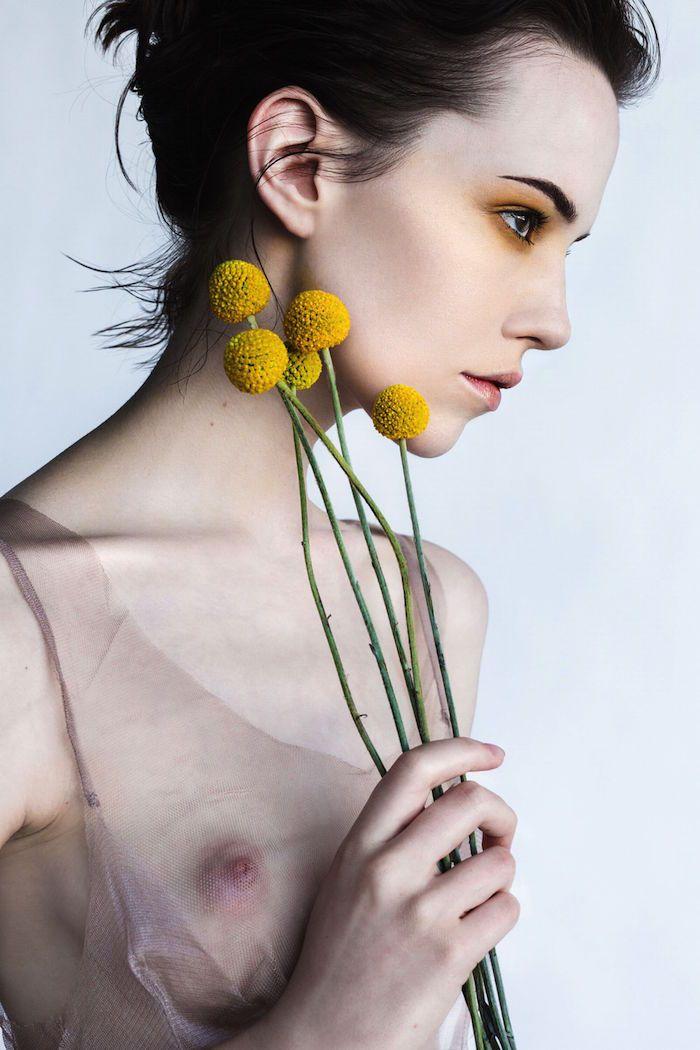 Corrie Lejuwaan Nude (5 Photos)