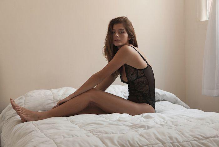 Emilia Rodriguez Sexy (13 Photos)