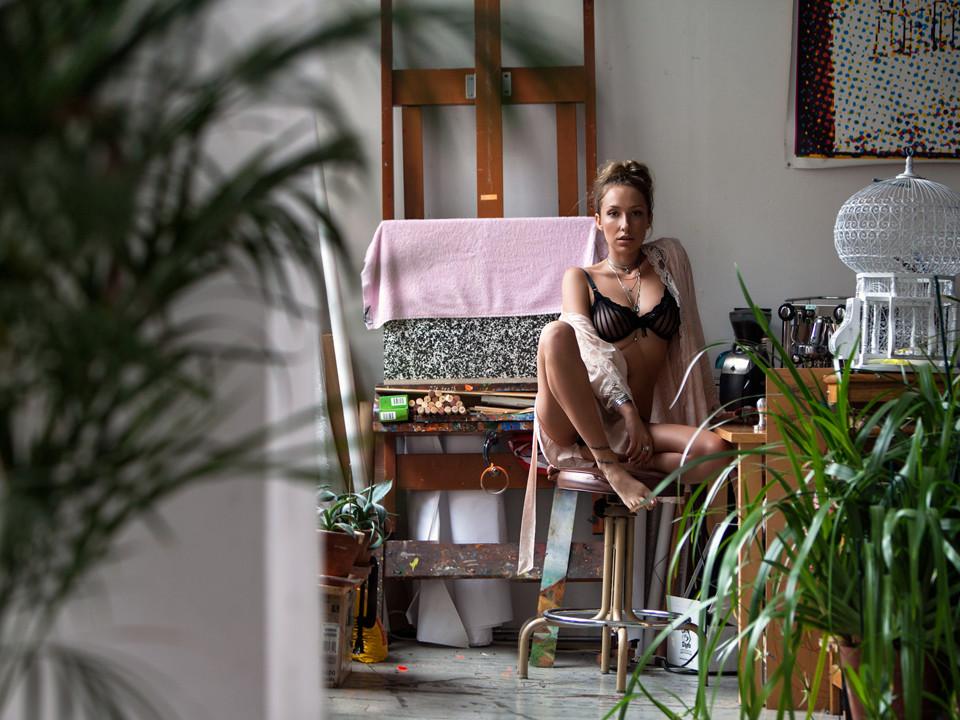 Gaïa Matisse See Through (6 Photos)