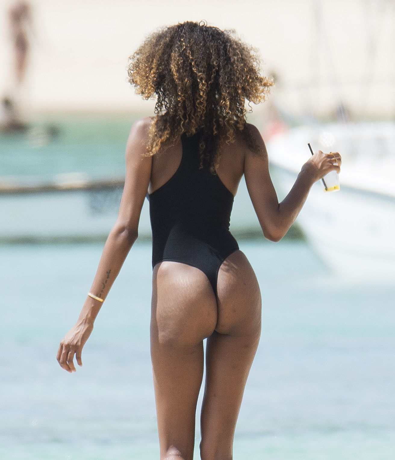 Jourdan-Dunn-in-a-Swimsuit-28