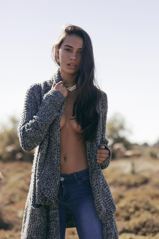 Kirstie-Beck-Topless-8
