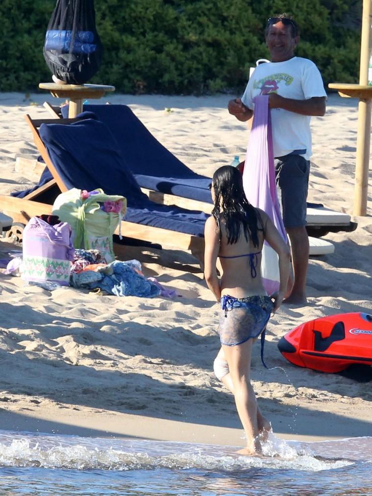 Michelle-Rodriguez-in-a-Bikini-16