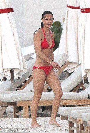 Pippa-Middleton-Bikini-2
